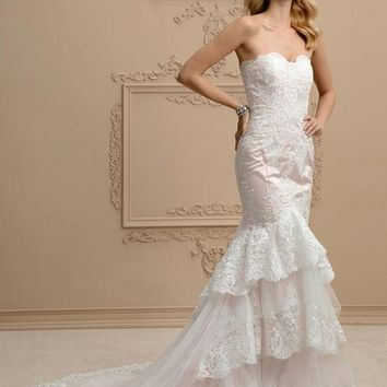 Mermaid Wedding Dress  Trumpet Strapless Court Train Lace Tulle  Bridal Gown with Appliques Tiered