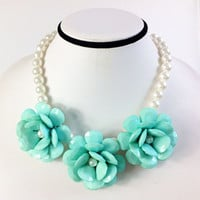 Turquoise Flower Pearl Necklace,3 Resin Flower Statement Bib Necklace,Cute Pearl Beading Necklace,Gift for Her,Bridesmaid Gift
