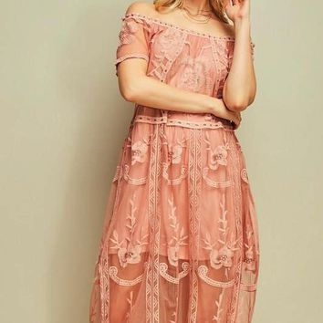 Entro Off Shoulder Lace Midi Dress - Blush