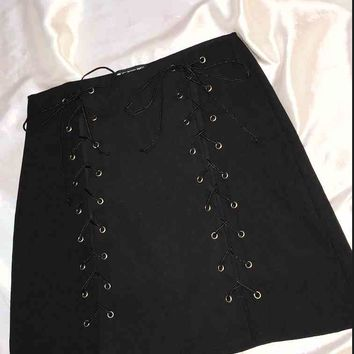 SWEET LORD O'MIGHTY! THE XTINA SKIRT IN BLACK