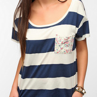 Urban Outfitters - Truly Madly Deeply Printed Boxy Pocket Tee