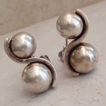Margot de Taxco Earrings Mexico Modernist Spheres Sterling Silver Clip On Vintage