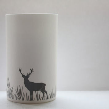 Oh Deer - Fine white bone china vase in stoneware with a deer silhouette - illustrated ceramics