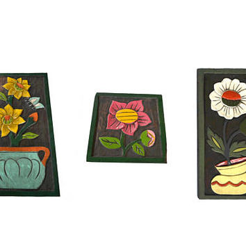Vintage Folk Art Wood Flower Carvings 70s Folk Art 70's Flower Power Flower Wood Carving Set of 3 70s Wall Decor