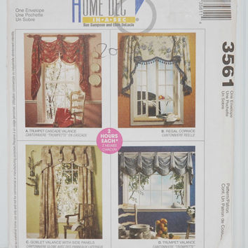 McCall's 3561, Home Dec In-A-Sec by Sue Sampson and Ellen DeLucia (c.2002), 4 Different Home Curtains, Valances, Cornice, Side Panels