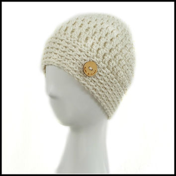 Chunky Soft White Hat