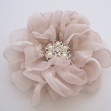 Stunning Blush Chiffon Bridal Flower Hair Clip Bridal Accessories Bride Bridesmaid Prom with Pearl and Rhinestone Accent