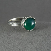 SUMMER SALE - Green agate Ring - sterling silver ring - Birthstone Ring - Gemstone Ring - Stacking Ring - Galaxy ring
