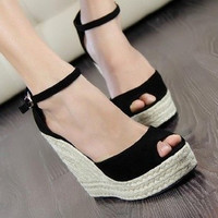Free Shipping comfortable Bohemian Wedge Women sandals for Lady shoes and Slipper high wedge open toe flip flops J0212