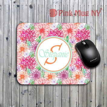 Personalized computer Mouse pad, gift idea, desk accessory - Flowers pattern with initial and name