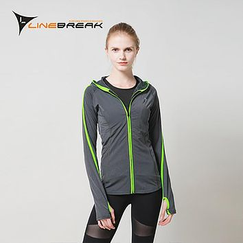 Women Long Sleeve Running Jacket Fitness Zipper Hooded Coat Sweaters Gym Training Fitness Slim Yoga Workout Breathable Outerwear