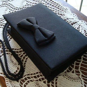 Near Mint Condition Vanessa of Paris Black Bowtie Clutch With Corded Shoulder Strap, Stylish, Handbag, Purse, Clutch, Evening Clutch, Gift