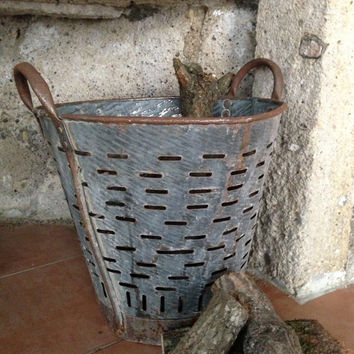 Rustic metal olive basket,Vintage Bucket and Storage,Decoratibe Basket,Rustic Bucket