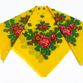 Vintage Russian Shawl Yellow with floral pattern Wool scarf, Fabric for needlework, Yellow shawl, scarf, bandana. Ukrainian handkerchief.