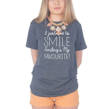 I Just Like To Smile, Smiling's My Favourite Christmas T-shirt