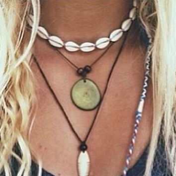 Womens Boho Shell Necklace Handmade Choker +Free Gift -Random Necklace