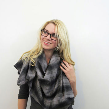Plaid Blanket Scarf. Tartan Cotton Wrap. Flannel Fringe Shawl. Oversized Gray and Black Plaid Cotton Scarf. Plaid Wrap Gift for Girlfriend