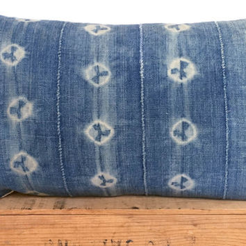 12x20 Inch Vintage Indigo African Mud Cloth Pillow Cover with Shibori Circle Pattern