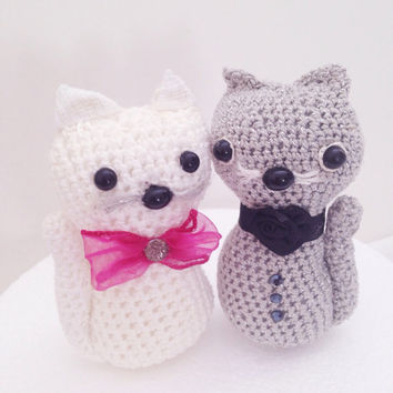 Cat toy  amigurumi, Cake Topper, Two Crocheted cats, Wedding Cats amigurmi, Cake topper cats, Anniversary Gift Cats set, Engagement gift