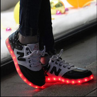 7 Colors LED shoes 2016 Men & Women Sneakers Luminous shoes USB Charging Colorful LED lights Sneakers Shoes