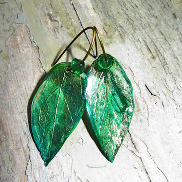 Green resin Earrings with real Ivy Imprint, real leaf  Jewelry, Green plant Studs,  Gold stamped dangle  with Shiny green beads
