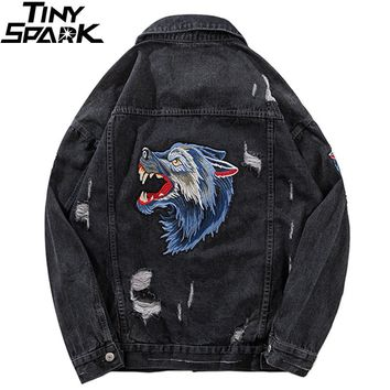 Wolf Embroidery Denim Jacket Streetwear Men Hip Hop Denim Bomber Jackets Ripped Holes 2018 Vintage Distressed Jeans Jacket Black