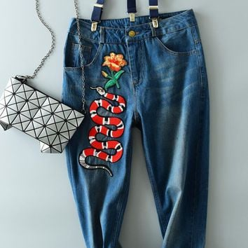 Gucci Trending Women Leisure Snake Embroidered Print Skinny Jeans Nine-Point Suspenders