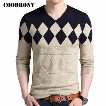 Cashmere Wool Sweater Men Slim Fit Pullovers Men Argyle Pattern V-Neck Pull Homme Christmas Sweaters