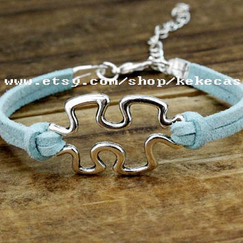 Puzzle piece and autism awareness bracelet in silver,jigsaw puzzle - charm bracelet graduation gift braidsmaid gift.-T129