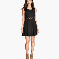 H&M Crêpe Dress $24.95
