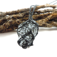 Snowflake Obsidian necklace, macrame necklace, raw obsidian, purity necklace, man choker, healing crystal, obsidian jewelry, wrapmeacrystal