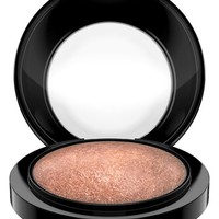MAC 'Haute Dogs - Mineralize' Skinfinish