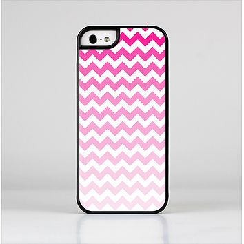 The Pink & White Ombre Chevron Pattern Skin-Sert Case for the Apple iPhone 5/5s