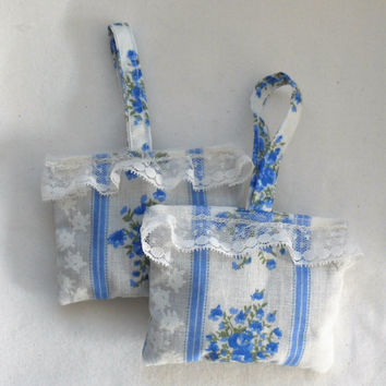 LAVENDER SACHETS/Fresh from the Field Lavender Buds Sachets/4 Drawers/4 Closets/Handmade Fresh Lavender Buds Sachets/Fresh Lavender Buds