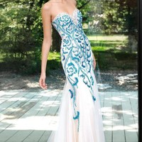 Alyce 6027 Dress at Peaches Boutique