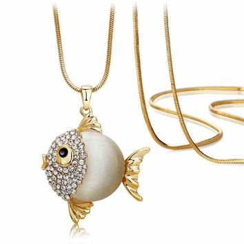 2016 New Fashion Accessories Cute Fish Shape Necklace Pendants New Arrival Long Chain Sweater Chain 3 Colors