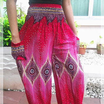 Red Peacock Printed Yoga Pants Hippie Baggy Boho Style Gypsy Thai Pantaloons Tribal Hipster Plus Size Aladdin Clothing Beach Baggy Trousers