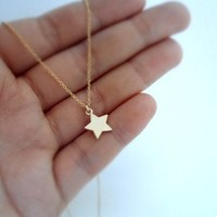 twinkle star cahrm on fine gold plated chain necklace
