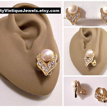 Monet Pearl Crystal Clip On Earrings Gold Tone Vintage White Bead Round Faceted Rhinestones Arabesque