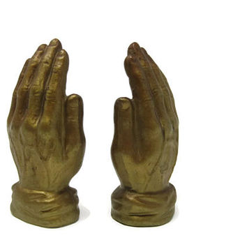Praying Hands Salt and Pepper Shakers, 1970s Retro Kitchen Ceramic Japan, Vintage Kitsch Kitschy Praying Hands Salt and Pepper Shakers Set
