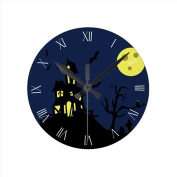 Haunted House Round Clock