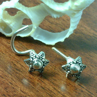 Shooting Star Hand Cast Nose Stud - Or   (Cartilage Ear Stud), (Tragus Ear Stud) or (Earring)