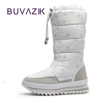 2017 new warm snow boots high fashion women winter non-slip thick cotton shoes woman plush mid calf botas mujer snowflake