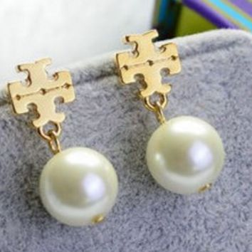Tory burch pearl two pieces earrings