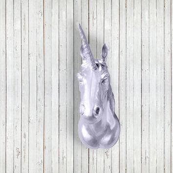 The Luna Large Silver Faux Taxidermy Resin Unicorn Head Wall Mount | Silver Unicorn w/ Colored Staff