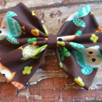 Cute Owl hairbow, hairbow with owls, owls and flowers, brown hairbow, handmade owl hairbow, big hairbow