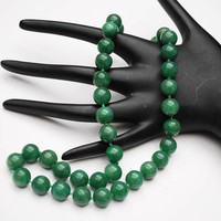 Aventurine  bead necklace - Green polished gemstone beads - Gold plated Silver - Hand Knotted