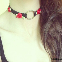 Rose oring choker by ShelleyBusby on Etsy