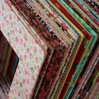 Crafty Things and DIY / Fabric picture frames (use old cereal boxes for the card board)...