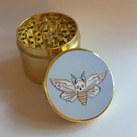 Deadly Moth Herb Grinder
